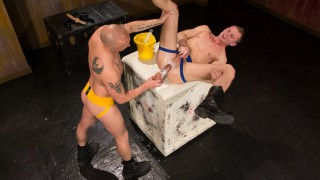 Hole Busters 9, Scene 3 - Randall O'Reilly & Christian Andrade