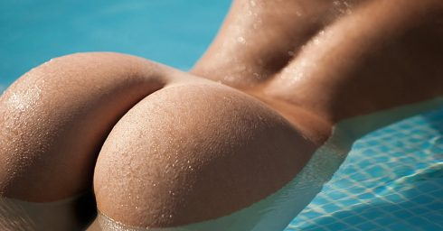 Rearview Nice Ass in a Swimming Pool