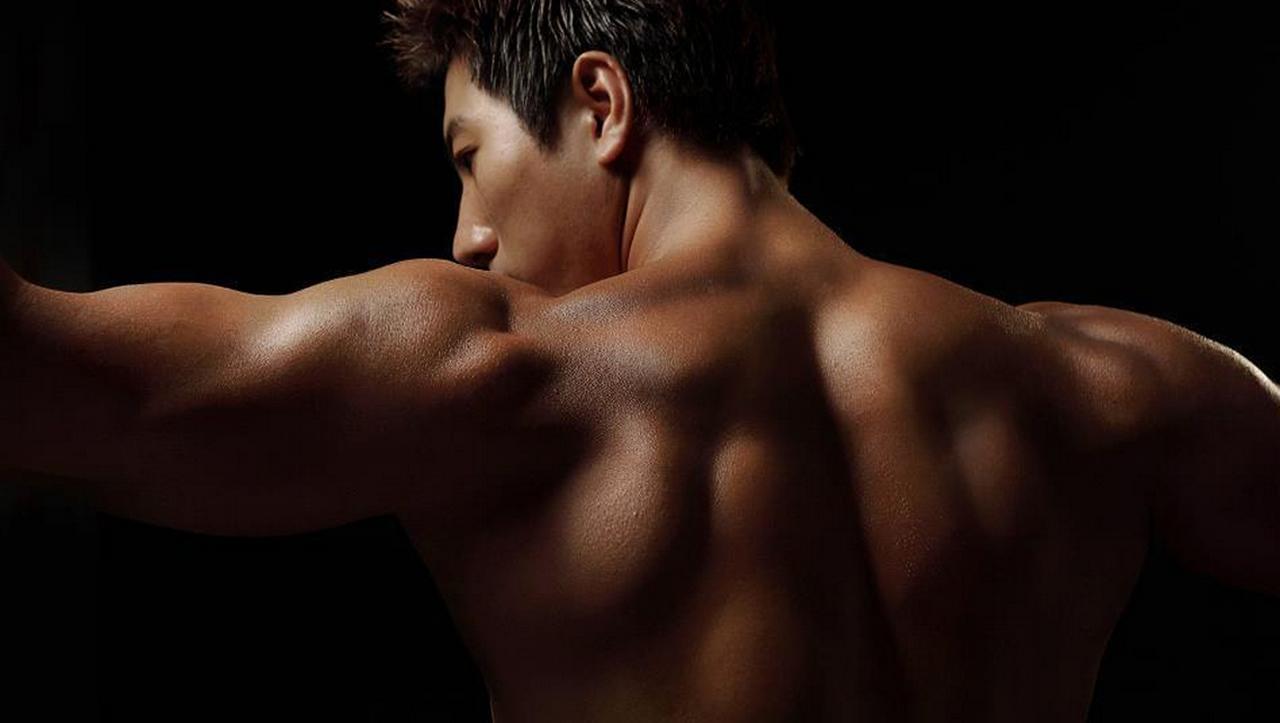 Bodyscape Nice Shoulders