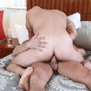 Big Cock Vacation - Cesar Rossi & Sean Mayger