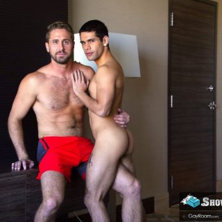 Roommate Shower Spy - Ty Mitchell & Wesley Woods
