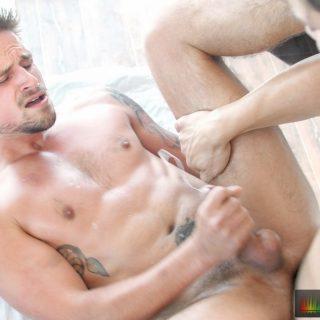 Slick Pounding - Ollie & Jackson Reed