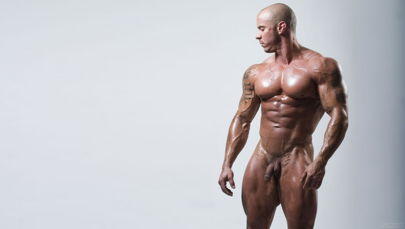 Nude naked pro male bodybuilder