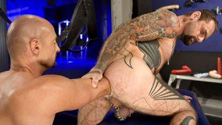 Slam Dunk, Scene 3 - Bud & Rik Jammer