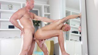 Jay Moore & Hugo Stark