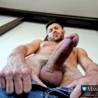 Who Has the Bigger Dick? - Scott Demarco & Aiden Ward