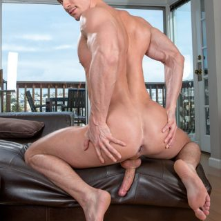 Max In The City, Scene 5 - Skyy Knox & Max Adonis