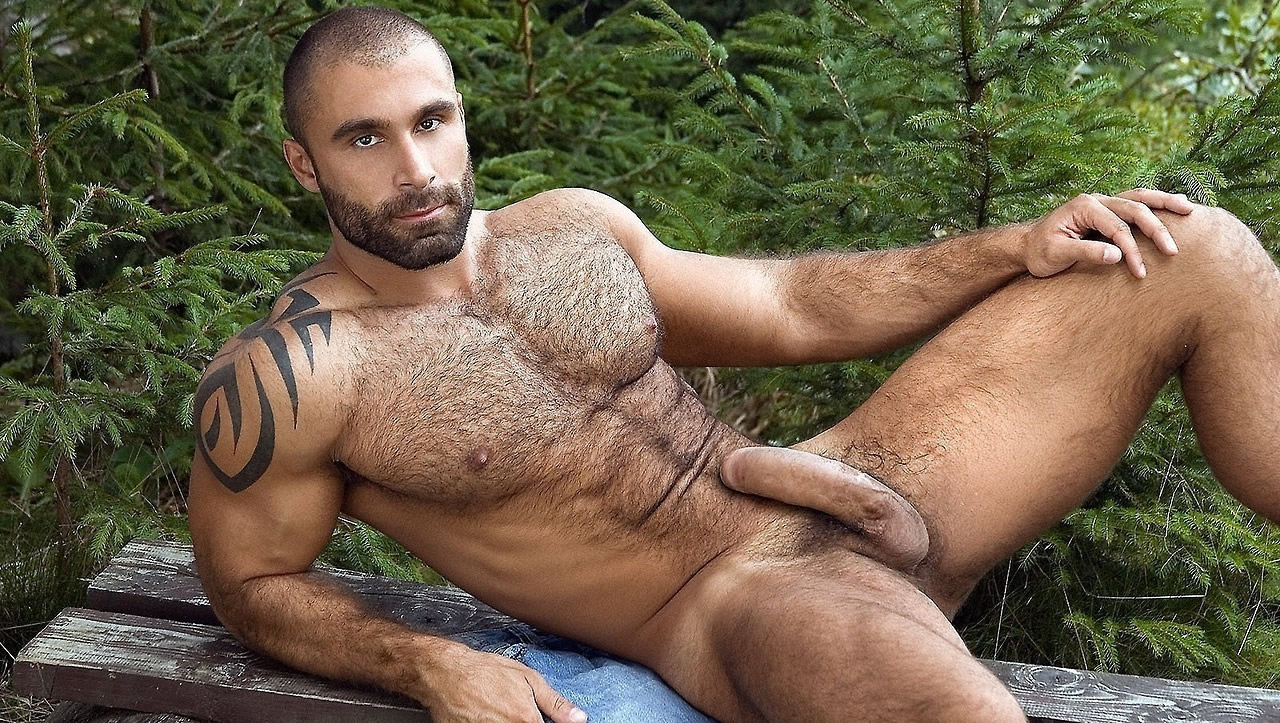 Full-Frontal Muscular Stud With a Thick Hardon