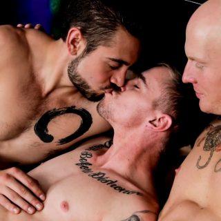 A Gay Christmas Story - Ryan Jordan, Dante Colle & Roman Eros