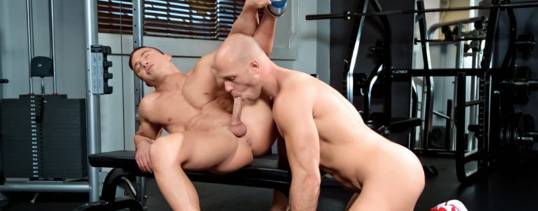 Blowjob in the Gym