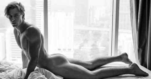 Black and White Naked Guy with a Nice Ass in Bed