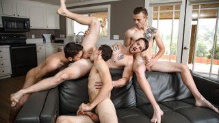 Turning On The Gainz - Quentin Gainz, Scott Finn, Evan Landers & Ian Oakley