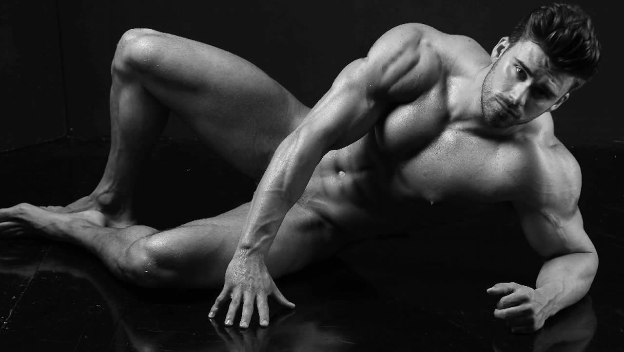 Black and White Artistic Nude Bodybuilder