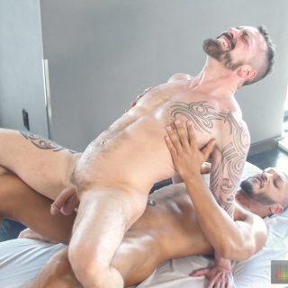 Rub And Tug - Jake Karhoff & Bo Baxxter