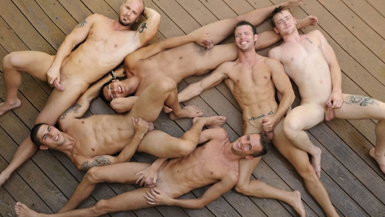 Free Mobile Pics Of Naked Young Men In Public Gay In This Weeks Out